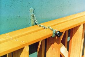 Leiterträger-Sicherungselement